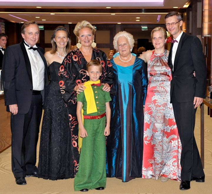 Markiz i Markiza du Bourg de Bozas, Princesse Béatrice de Bourbon des Deux Siciles, Jaś Mycielski jako Mały Książę, Jolanta hr. Mycielska, Karolina i Maciej hr. Mycielscy, rodzice Jasia.