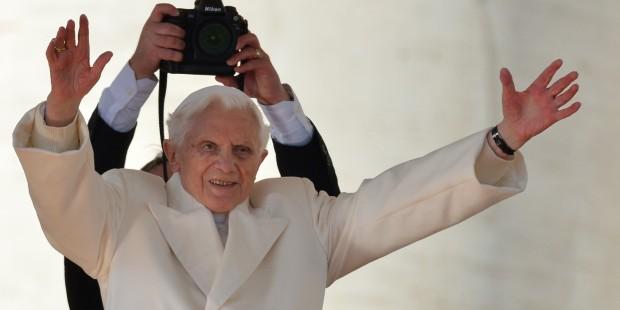 91 urodziny Josepha Ratzingera. Widzieliście go w takich sytuacjach? [GALERIA]