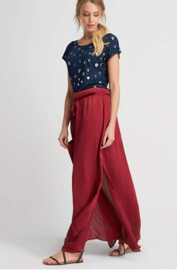 Długa satynowa spódnica firmy Orsay