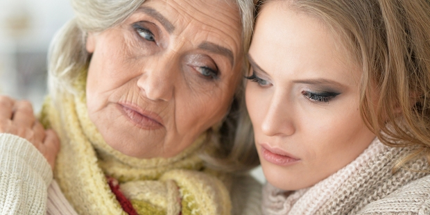 Starsza matka z dorosłą córką