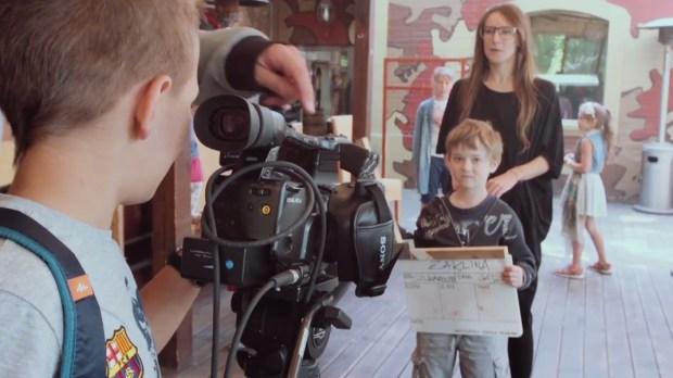 Dzieci na planie filmowym