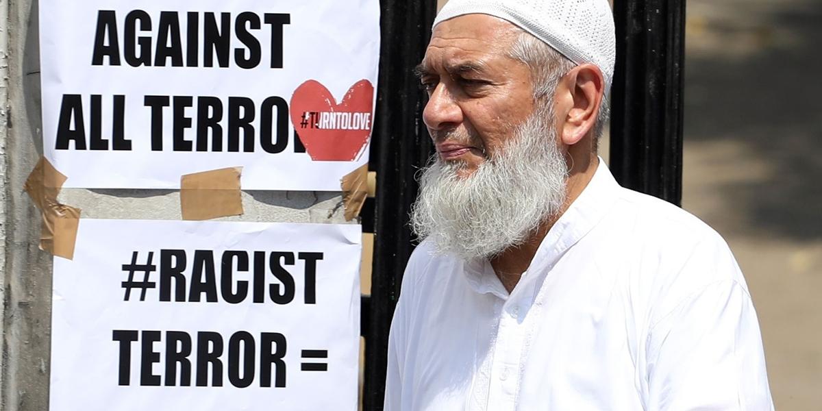 Muzułmanin w miejscu ataku w Londynie