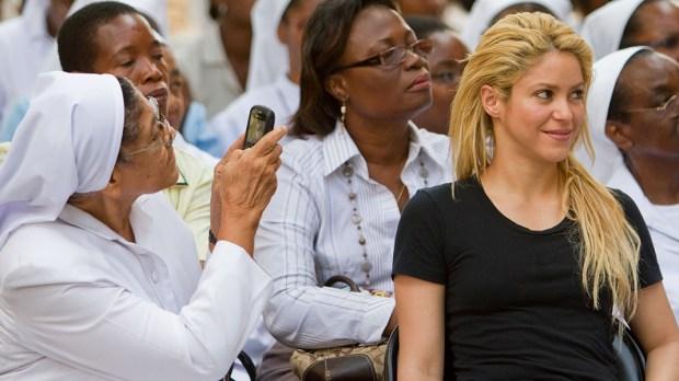 Shakira na zdjęciu zrobionym przez zakonnicę