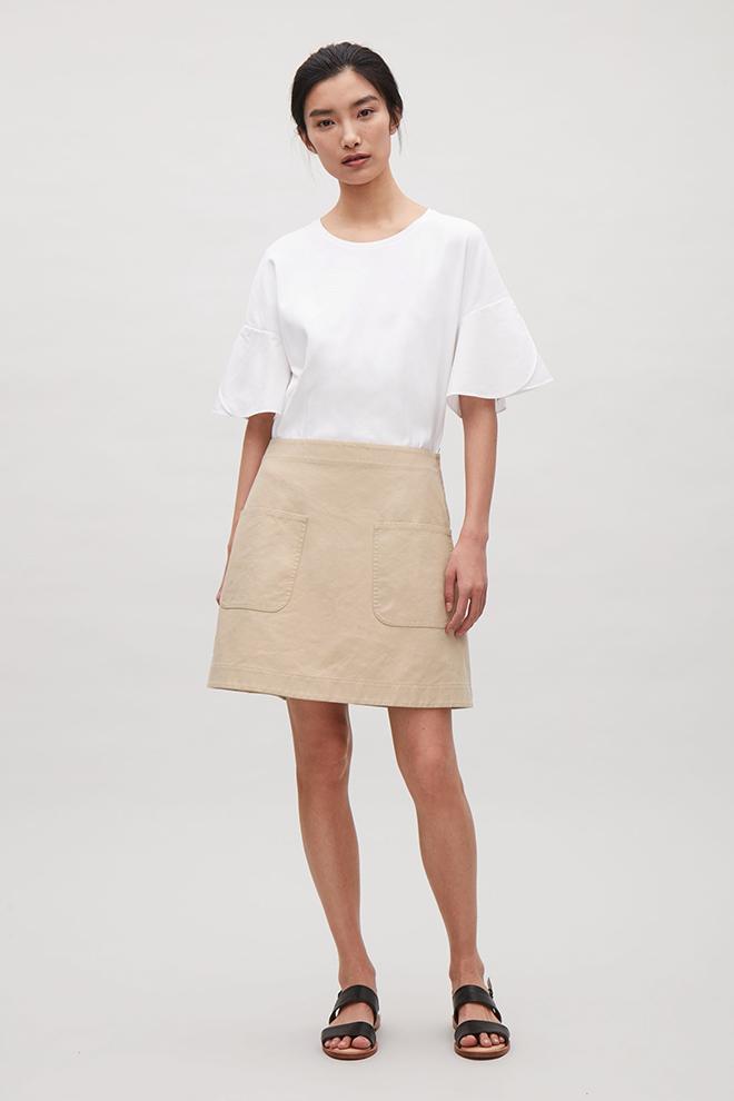 Spódnica bawełniana beżowa marki COS