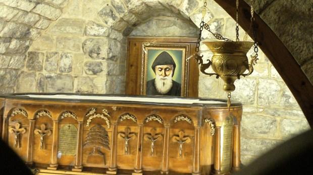 Grób św. Charbela