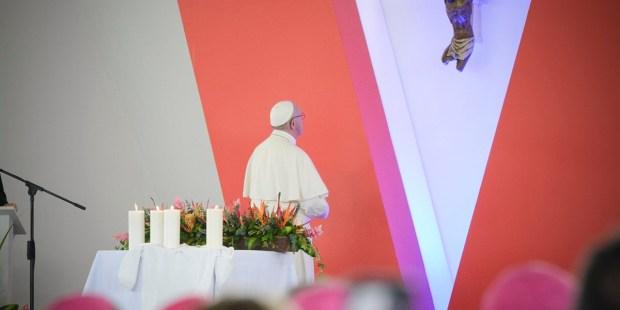 POPE FRANCIS,LAS MALOCAS