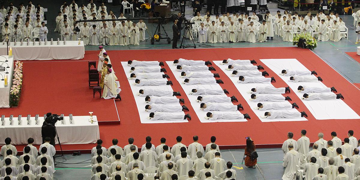 SOUTH KOREA,PRIESTHOOD