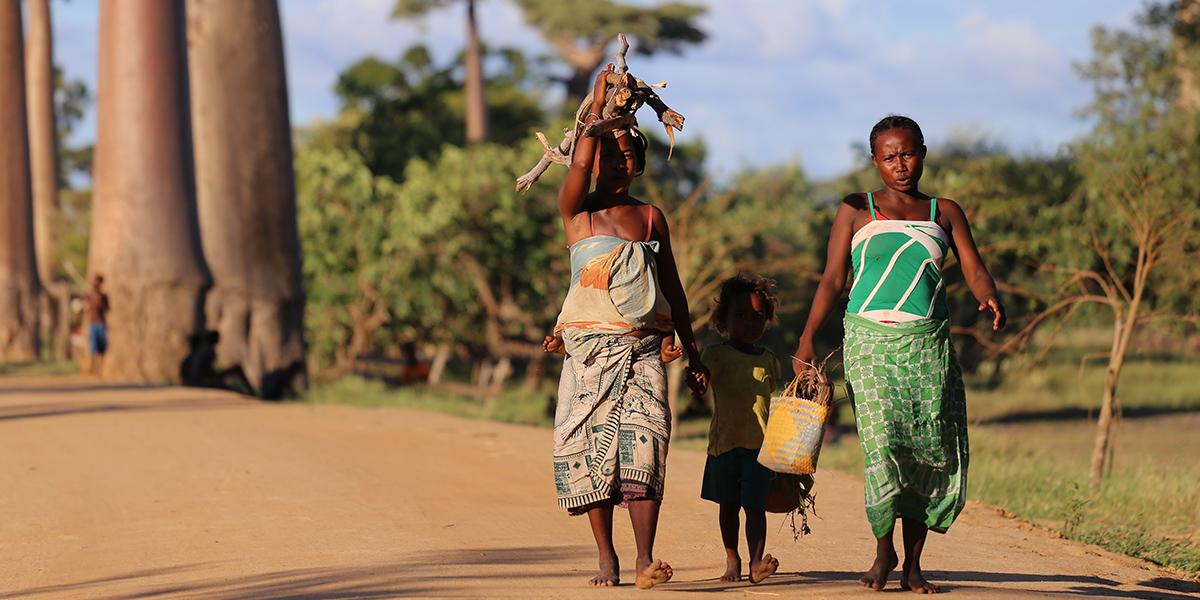 RODZINA NA MADAGASKARZE