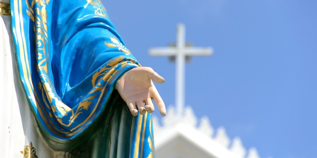 HAND OF VIRGIN MARY STATUE