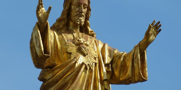 Golden statue of Jesus