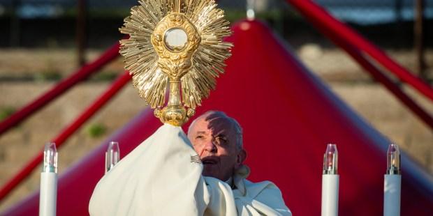 POPE CORPUS DOMINI