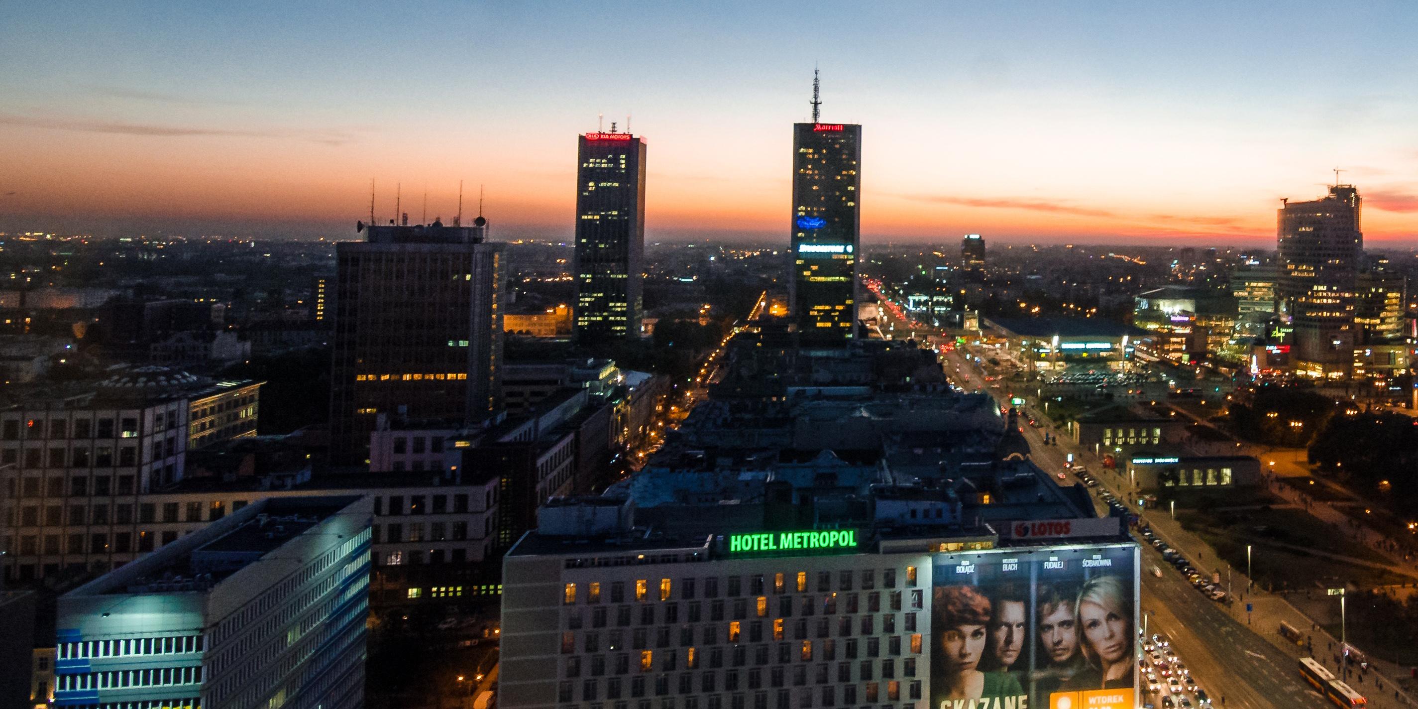 Panorama Warszawy zachód słońca