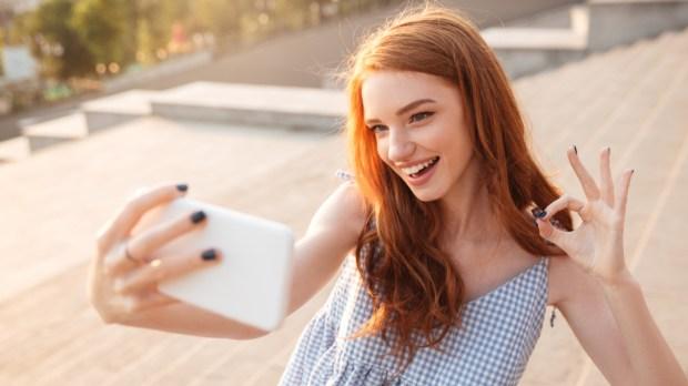 Gilr - Selfie - Self love