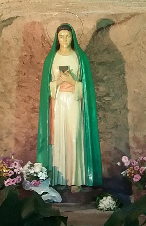 [GALERIA] Fontanna Trzy Źródła. Tu Matka Boska objawiła się nienawidzącemu papieża adwentyście