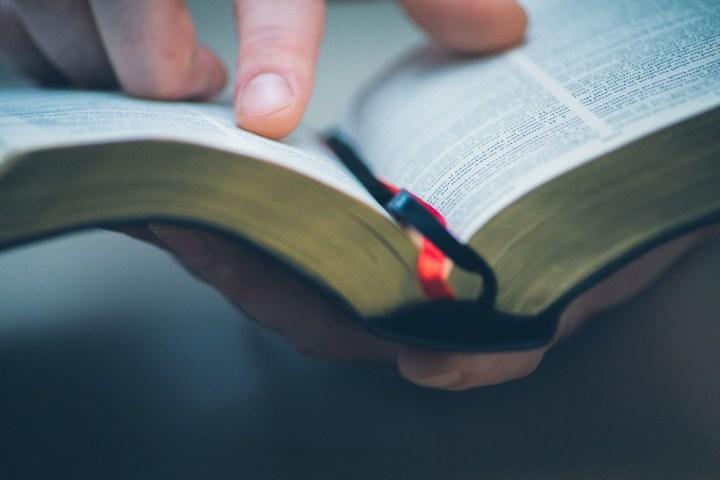 [GALERIA] Nie umiesz modlić się Pismem Świętym? Oto rady, które przemienią twoją modlitwę