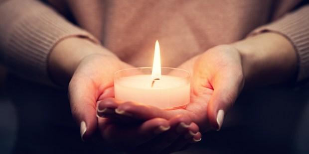 Jak Na Ziemi Mozemy Pomoc Zmarlym Odpusty Msze I Wypominki