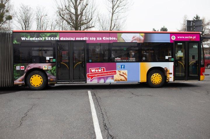 [GALERIA] Autobus ewangelizacyjny w Bielsku-Białej
