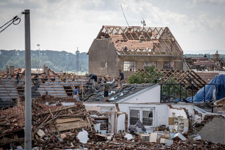 [GALERIA] 5 osób zginęło, 3000 poszkodowanych. Tornado u naszych sąsiadów