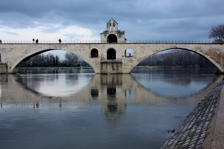 [GALERIA] Kościoły katolickie zbudowane na… mostach