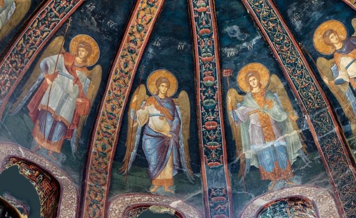 [GALERIA]Czym archaniołowie różnią się od innych aniołów? Dlaczego bywają przedstawiani… na golasa?